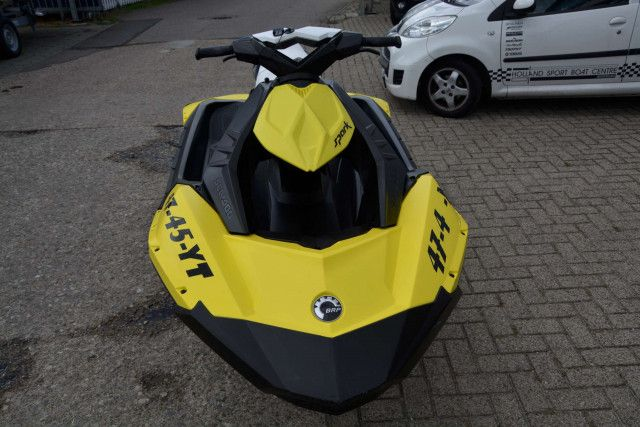 Sea-Doo Waterscooter Spark 2up