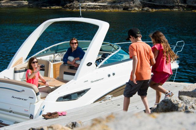 Sea Ray Sport Cruiser Sundancer 265