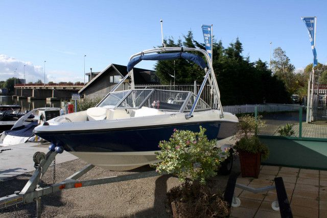 Bayliner Bowrider 175 Flight