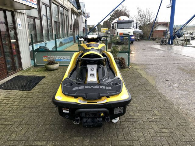 Sea-Doo Waterscooter RXT iS 255 (3)