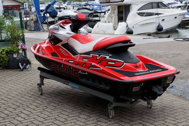 Sea-Doo Waterscooter RXP-215
