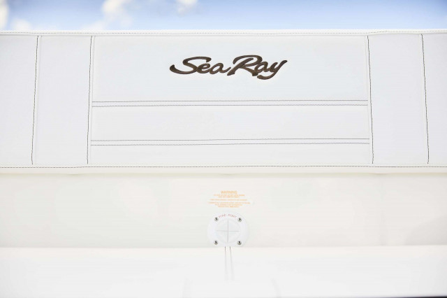 Sea Ray SPX series SPX 210