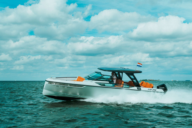 New Saxdor Yachts 320 GTO tested by Epco Ongering