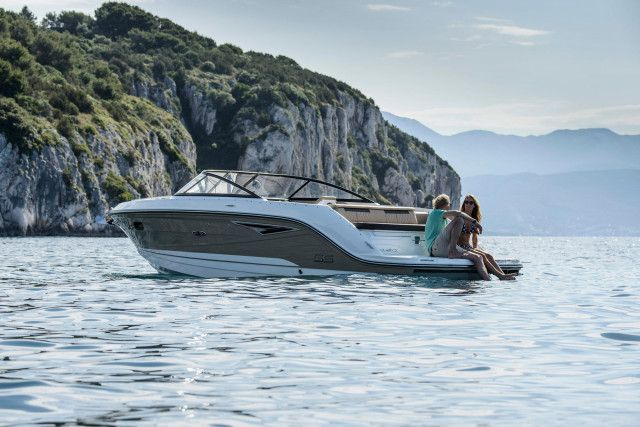 Sea Ray Sun Sport Series Sun Sport 250
