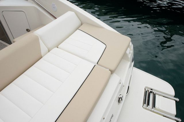 Bayliner Overnighter 742 Cuddy