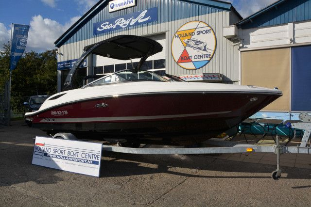 Sea Ray Sport Boats 210 SLX