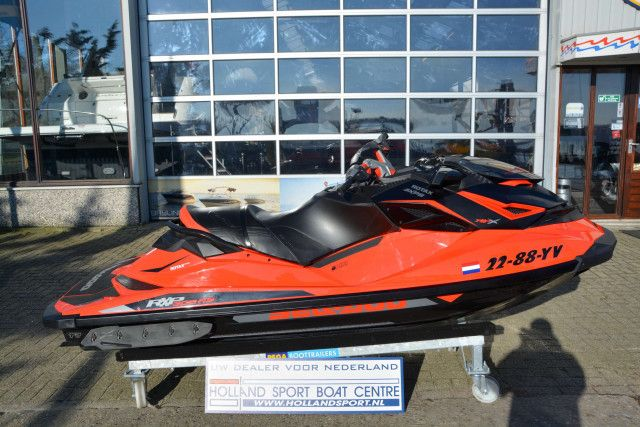 Sea-Doo Waterscooter RXP-X 300