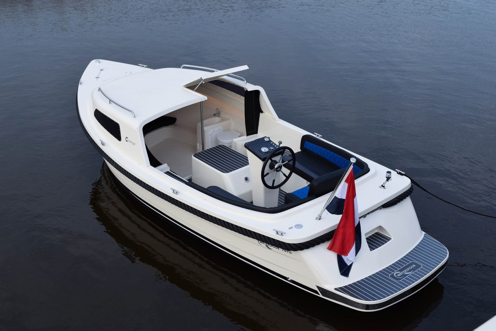 Waterspoor Tendersloep 711C Open