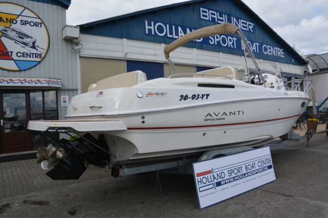 Bayliner Center Console Avanti 8